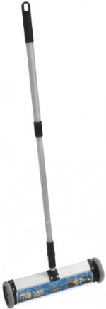 Magnet-Sweeper-Mini-Push-Type-with-Release-13-Sweeping-Width-Telescoping-Handle-1-each-0