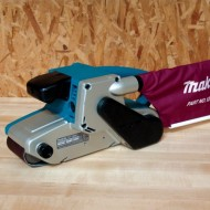 Makita-9920-88-Amp-3-Inch-by-24-Inch-Variable-Speed-Belt-Sander-0-1