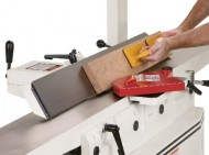 Shop-Fox-W1741-8-Inch-Jointer-With-Parallelogram-Adjustable-Beds-0-4