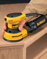 DEWALT-D26451-3-Amp-5-Inch-Random-Orbit-Sander-with-Cloth-Dust-Bag-0-6