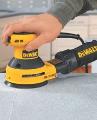 DEWALT-D26451K-Corded-3-Amp-5-Inch-Random-Orbit-Sander-with-Cloth-Dust-Bag-0-4