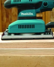 Makita-BO3710-Finishing-Sander-0-1