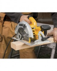 DEWALT-DWE575SB-7-14-Inch-Lightweight-Circular-Saw-with-Electric-Brake-0-0