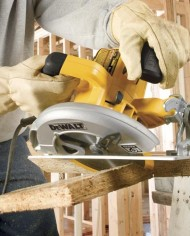 DEWALT-DWE575SB-7-14-Inch-Lightweight-Circular-Saw-with-Electric-Brake-0-1