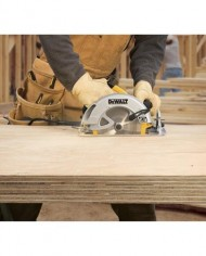 DEWALT-DWE575SB-7-14-Inch-Lightweight-Circular-Saw-with-Electric-Brake-0-2